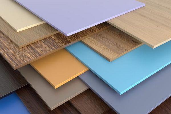 Как да оправяме пластмасовите панели на стената