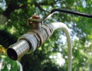 Как да си направим лятно водоснабдяване в страната със собствени ръце?