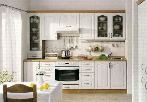 Кухненски комплект за малка кухня скромен размер големи възможности