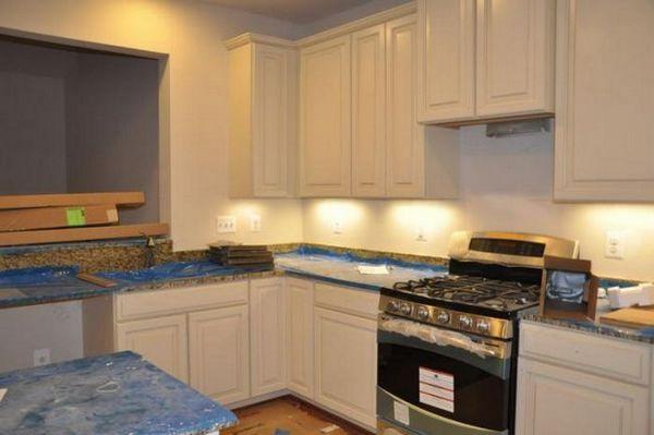 На каква височина трябва да виси кухненски шкафове?