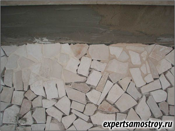 Стенна декорация с камък