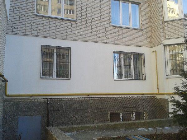 Затопляне на стените на апартаментите на Саратов затопляне на стените с полистирен салатов външна външна външна изолация на цената на фасадната мазилка